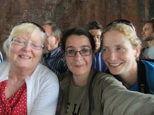 My new friends - three ladies watching the marathon